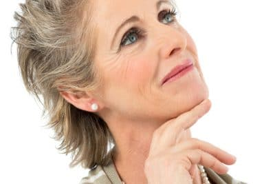 implantologia dentale donna anziana